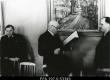 Kunstikooli Pallas direktorile skulptor A. Starkopfile antakse Tartu linnapea poolt üle tervitus tema 50.a. sünnipäeva puhul. 05.1939. - EFA