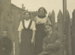 Emilie Teder-Kärner, Jaan Kärneri lelle tütar, Ida Kärner-Kull, Jaan Kärner 1915. a - KM EKLA