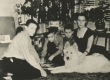 Jaan Kärneri tütar Eha Kärner-Tammemägi oma lastega Ameerikas u. 1956.-1957. a - KM EKLA