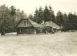 Pühaste koolimaja (vene kool?), kus õpetajana töötas P. Grünfeldt (1888-1891) - KM EKLA