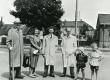 R. Jalakas,…, K. Ristikivi, A. Mägi ja tema lapsed [1940-te aastate lõpp] - KM EKLA