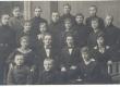 Johannes Aavik õpilastega - KM EKLA