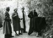 Friedebert Tuglas, Elsa Kõrge, Kuno Kõrge, Betti Alver, Elo Tuglas Pühajärvel 29.05.1957 - KM EKLA