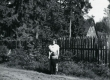 Betti Alver ja [Lembit Lättemägi] Pühastes [1960] - KM EKLA