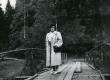 Betti Alver Valgemetsas 1950. aastate algul - KM EKLA