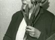 Betti Alver J. Liivi nimelise luuleauhinna vastuvõtmisel oma kodus Koidula tn 8-2 1968. a. - KM EKLA