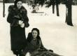 Betti Alver kooliõega Toomel [1920-te keskel] - KM EKLA