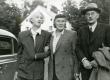 Elo Tuglas, Betti Alver ja Friedebert Tuglas Ahjal 12. sept. 1955 - KM EKLA