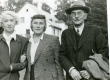 Elo Tuglas, Betti Alver ja Friedebert Tuglas Ahjal 12. sept. 1956 - KM EKLA