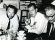 Vasakult: Ivar Ivask, Enn Nõu, Karl Ristikivi koosviibimisel Helmi Elleri kodus Stockholmis 15.07.1968 - KM EKLA