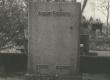 A. Kitzbergi hauasammas Tartu kalmistul  - KM EKLA
