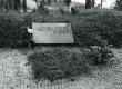 Paul Viidingu (1904-1962) haud Tallinna Metsakalmistul 1974. a. - KM EKLA