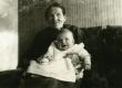 Albert Kivikase ema Ann ja poeg Tiit - KM EKLA