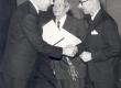 Joh. Aavikule Eesti Kultuurifondi auhinna üleandmine 1969. a. veebruaris. T. Künnapas, Joh. Aavik, V. Tauli - KM EKLA