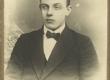 Hendrik Adamson, luuletaja ja kooliõpetaja 1915. a. - KM EKLA