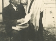Hendrik Adamson oma õpilasega [1924. a.] - KM EKLA