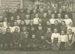 Koeru Haridusseltsi 2-kl. algkooli õpetajad ja õpilased 1911. a.  - KM EKLA
