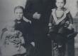 Jakob Mändmets perekonnaga - KM EKLA