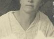 """Marie Under 1917. a. (väljalõige """"Siuru"""" fotolt) - KM EKLA"""