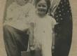 Under, Marie oma väikeste lastega 1906. a. Kutðinos Moskva lähedal - KM EKLA