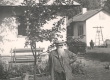 Ernst Peterson-Särgava oma aias õunapuu juures 19. IX 1954 - KM EKLA