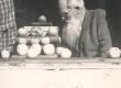 Ernst Peterson-Särgava õuntega 19. IX 1954 - KM EKLA