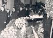 """Ernst Peterson-Särgava matus 16. IV 1958 - Kirst """"Estonia"""" kontserdisaalis - KM EKLA"""