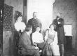 Grupipilt - vasakult: 1. Salme Hermann 2. Karl Koppel 3. Dr. A. Paldrock 4. Paula Brehm 5. Linda Paldrock, sünd. Saar 6. Ants Laikmaa - KM EKLA