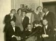 I reas vas.: Heiti Talvik, Friedebert Tuglas, Elo Tuglas, Saadre; II reas 2. Virve Huik, 4. Elisabet Markus-Parek jt 1. mail 1927 - KM EKLA
