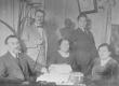August Kitzberg perekonnaga ja vennapoeg Peeter Kitzberg abikaasaga A. Kitzbergi kodus - KM EKLA