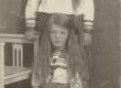 Hedda ja Dagmar Hacker lastena 1910   - KM EKLA