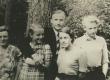 Jaan Kärner perekonnaga Elvas (J. Kärneri 35) u. 1936 - 1937. a - KM EKLA