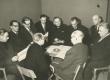 Vas.: J. Smuul, E. Männik, P. Kuusberg, I. Sikemäe, E. Hiir, P. Rummo, A. Vaarandi, A. Sokolov, K. Kivi, E. Maasik - KM EKLA
