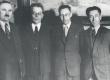 Fr. Tuglas koos läti ja leedu kirjanikega Riias 31. mail 1940. Vas.: 1) Kârlis Egle, 2) Fr. Tuglas, 3) Kostas Korsakas, 4) Jânis Plaudis - KM EKLA