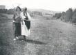 Elo Tuglas ja Selma Oinas-Kurvits suvitamas Kasaritsas Puiga talus 1921-22 - KM EKLA
