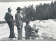 F. Tuglas, P. Kurvits, S. Oinas-Kurvits, E. Eesorg. Vallinkoski, juuli 1938 - KM EKLA