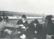 E. Tuglas, F. Tuglas, Treumann. Ring ümber Võrtsjärve, Oiu sadamasillal. 29. IV 1939 - KM EKLA