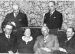 Siuru 18. mai 1937. Istuvad F. Tuglas, M. Under, A. Gailit, H. Visnapuu. Seisavad A. Adson, J. Semper - KM EKLA