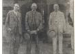 Vilde, Eduard, E. Virgo ja K. Skalbe (Läti Kirjanike Liidu esimees) Siguldas 1930.a. - KM EKLA