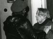 Betti Alver ja Riina Dmohovski poetessi 80. juubelil 23. nov. 1986. a. Koidula tn. 8-2 - KM EKLA
