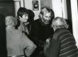 Betti Alveri 80. juubel  23. nov. 1986. a. Koidula 8-2. Betti Alver (seljaga), Tiia Toomet ja Jaan Kaplinski - KM EKLA