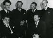 """K. Ristikivi, V. Uibopuu, R. Kolk, I. Talve, K. Lepik ja A. Mägi septembris 1949. a ajakirja """"Sõna"""" kirjandusõhtul Eriksdalskooli aulas Stockholmis - KM EKLA"""