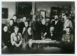 """""""Teataja"""" toimetus 1902. a. II rida: H. Pöögelmann, K. Päts, E. Vilde, J. V. Veski, A. Laipmann, T. Ussisoo - KM EKLA"""