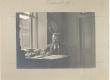K. E. Sööt oma äris (raamatukaupluse ja trükikoja kontoris) Tartus, Aleksandri tn. 5, 1901 - KM EKLA