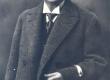 Vilde, Eduard (1865 - 1933), 1925.a., (kaabu ja mantliga) - KM EKLA