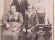 Hugo Raudsepp'a vanaisa Juhan, vanaema Liia ja nende lapsed Anna ja Viktor - KM EKLA