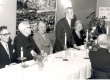 Joh. Aaviku 85. a. juubel 1965. a. Vas.: 1) Tauli, 2), 3) Aleksandra Aavik, 4) Johannes Aavik, 5) Marie Under - KM EKLA