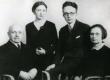 Paul Viiding kodustega 1930 - KM EKLA