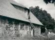 F. Tuglas Ahjal vana õllekoja ees. juuli 1938. a. - KM EKLA
