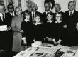K. Ristikivi, K. Lepik, H. Mäelo, A. Mälk, A. Mägi, E. Pettai, L. Laid, H. Männik ja Stockholmi Eesti algkooli õpilased K. Meerits, A. Kalberg, P. Väin, A. Lepik kirjandusõhtul Eesti Majas 19.11.1972   - KM EKLA